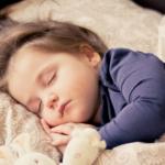 知らないと損!深い睡眠で成長ホルモンをしっかりと出す方法