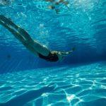 逆じゃない?水泳をすると背が伸びなくなるってどういうこと?